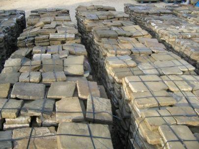 Pavimenti antichi in pietra serena di recupero - Pavimenti da giardino economici ...