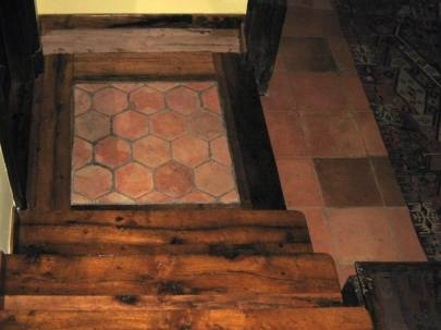 Scaletta In Legno Antica : Scale in legno antico di recupero